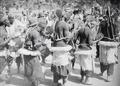 ETH-BIB-Tänzer und Musiker-Tschadseeflug 1930-31-LBS MH02-08-0931.tif