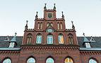 Edificio de Correos, Gniezno, Polonia, 2014-12-26, DD 04.JPG