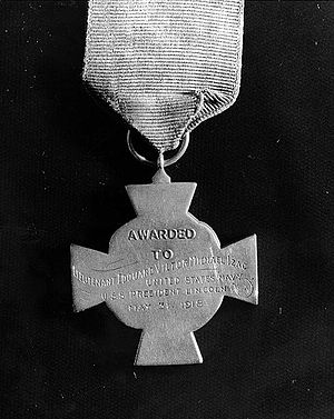"Edouard Izac - Reverse of Izac's Medal of Honor. He received the ""Tiffany Cross"" version of the medal."