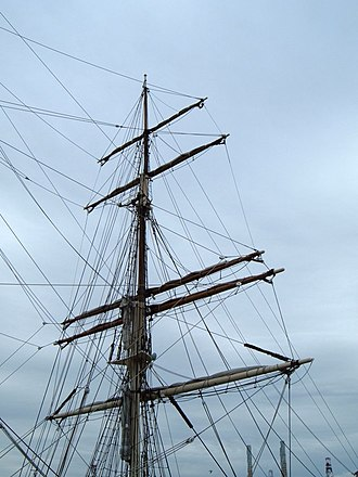 Elissa (ship) - The foremast of the Elissa