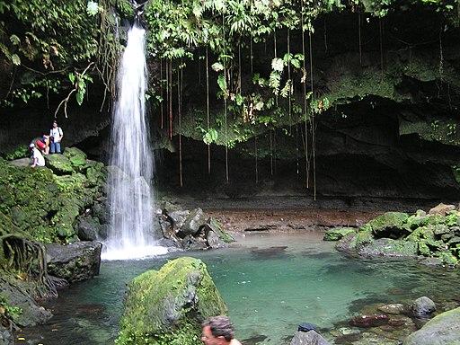 Emerald Falls - panoramio
