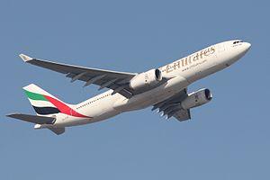 Emirates A332 A6-EKW.JPG
