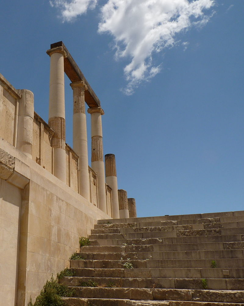Epidaurus Enkoimeterion 03.JPG