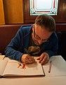Eric Gosselet en dédicace, Café du Commerce, Paris 2012.jpg