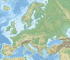 """Mapa konturowa Europy, blisko centrum po lewej na dole znajduje się czarny trójkącik z opisem """"Alpy Retyckie"""""""