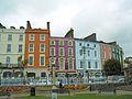 Façades de couleurs à Cobh, Irlande.jpg