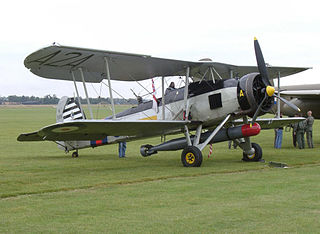 http://upload.wikimedia.org/wikipedia/commons/thumb/7/79/Fairey_Swordfish_on_Airfield.jpg/320px-Fairey_Swordfish_on_Airfield.jpg