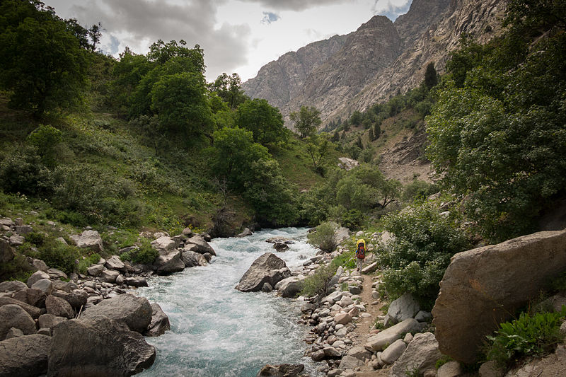 File:Fann Mountains 2013 - creek.jpg