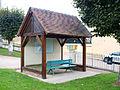 Fontaines .Yonne-abribus-07.JPG