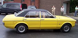 Ford Consul GT 2.3 V6 yellow r.jpg