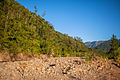 Formação rochosa pelo Rio Seco.jpg