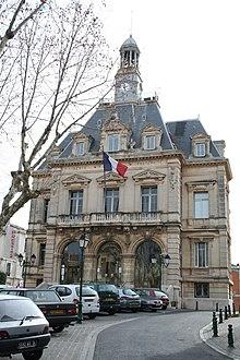 Frontignan dans l'Hérault, La Mecque du roman noir dans Crime