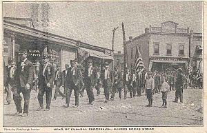 Pressed Steel Car strike of 1909 - Image: Funeral Procession for Strikers