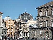 La Galleria da piazza del Plebiscito