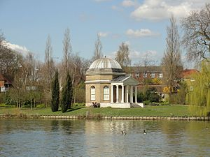 Garrick's Temple to Shakespeare - Garrick's Temple in its riverside setting
