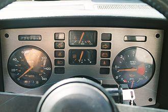 Pontiac Fiero - Base model (four-cylinder) metric (Canadian) Fiero gauge cluster