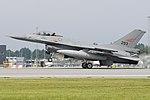 General Dynamics F-16AM '293' (42234259355).jpg