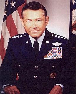 Wilbur L. Creech United States general