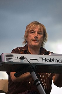 Geoff Downes English keyboardist