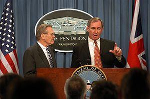 Geoff Hoon - Geoff Hoon (right) at Pentagon briefing with Donald Rumsfeld