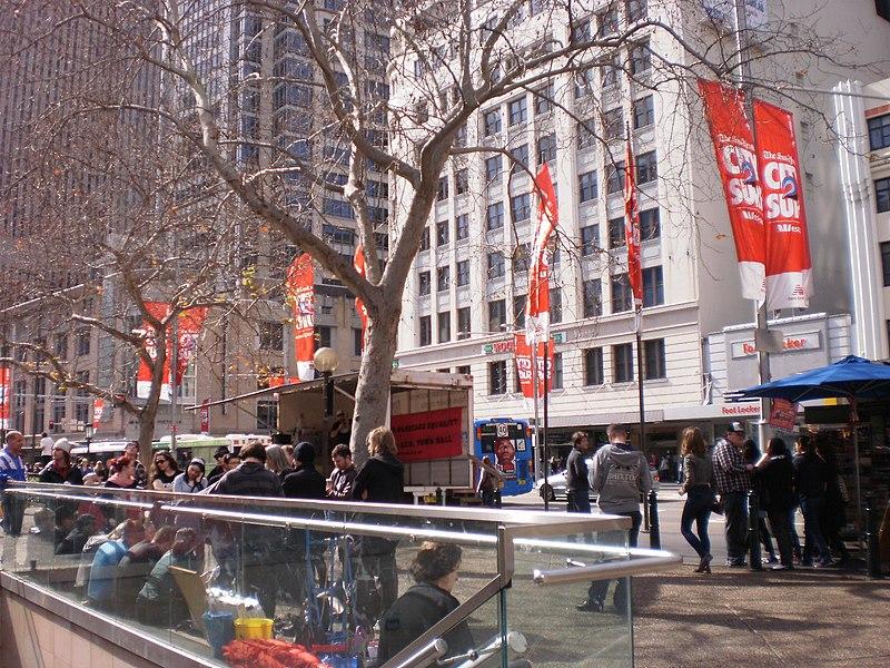 George Street, Sydney 2011.jpg