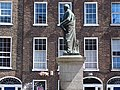 Georgian Facade with O'Connell Statue - Limerick - Ireland - 01 (29681751978).jpg