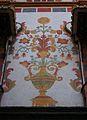 Gerro amb flors, pintures murals de la Galeria Daurada del Palau Ducal de Gandia.JPG