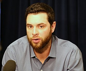 Giants first baseman Brandon Belt talks to reporters at 2016 All-Star Game availability. (28424539352).jpg