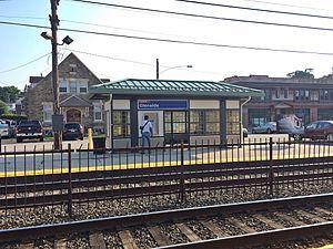 Glenside station - Outbound platform at Glenside