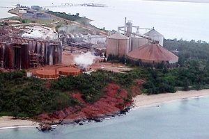 Nhulunbuy - Alumina plant at Nhulunbuy, June 2000