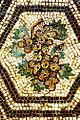 Grappe de raisin fin IIe siècle détail de la Mosaïque au rafraîchissoir, Sainte-Colombe-les-Vienne.jpg
