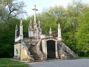 Grobnica obitelji Jelačić