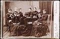 Gruppe kvinner som hekler, strikker og leser, ca 1887 (5987243230).jpg
