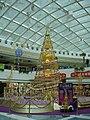HK MetroCityPlaza XmasTree1.jpg