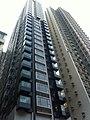 HK SW 士丹頓街 72 Staunton Street 尚賢居 CentrePoint facade nearby 匡景居 Dawning Height Dec-2011.jpg