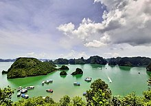 Ha Long Bay in 2019.jpg