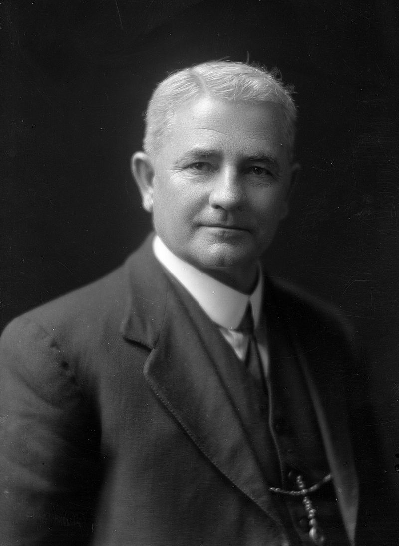 Harry Holland (1925).jpg