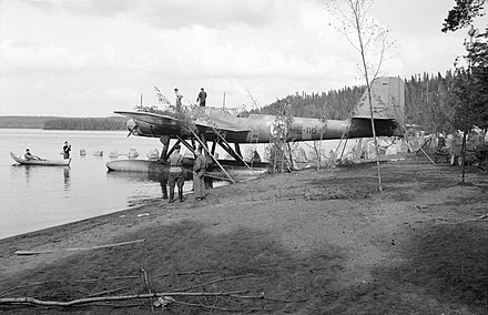 Heinkel He 115A of LeLv 15 on lake Höytiäinen. August 1941.