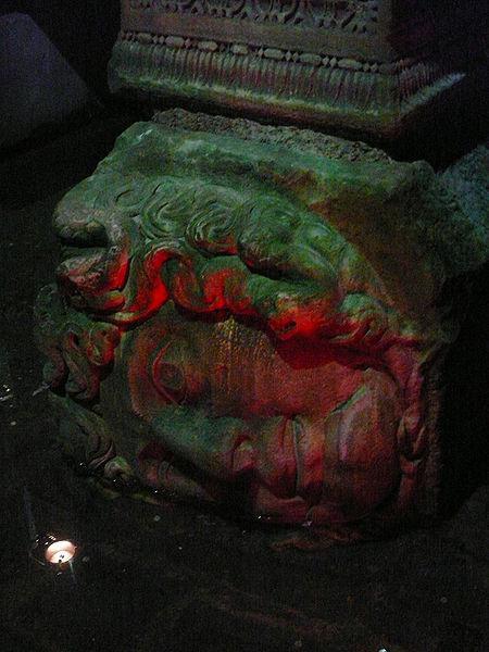 Dosya:Head of Medusa, Basilica Cistern, Constantinople 02.jpg