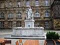 Henschelbrunnen Kassel.jpg