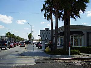 Highland Village Shopping Center - Image: Highland Village Shopping Center