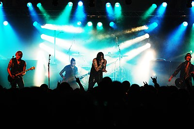 Picture of a band or musician: Hinder