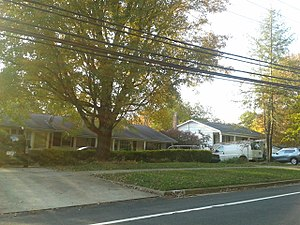 Wakefield, Fairfax County, Virginia - Houses on Wakefield Chapel Road, October 2016