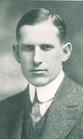 Howard Jones (American football coach) - Jones pictured in the 1917 Hawkeye