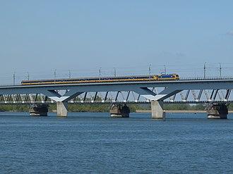HSL-Zuid - Intercity Direct domestic service crossing the Moerdijk bridges