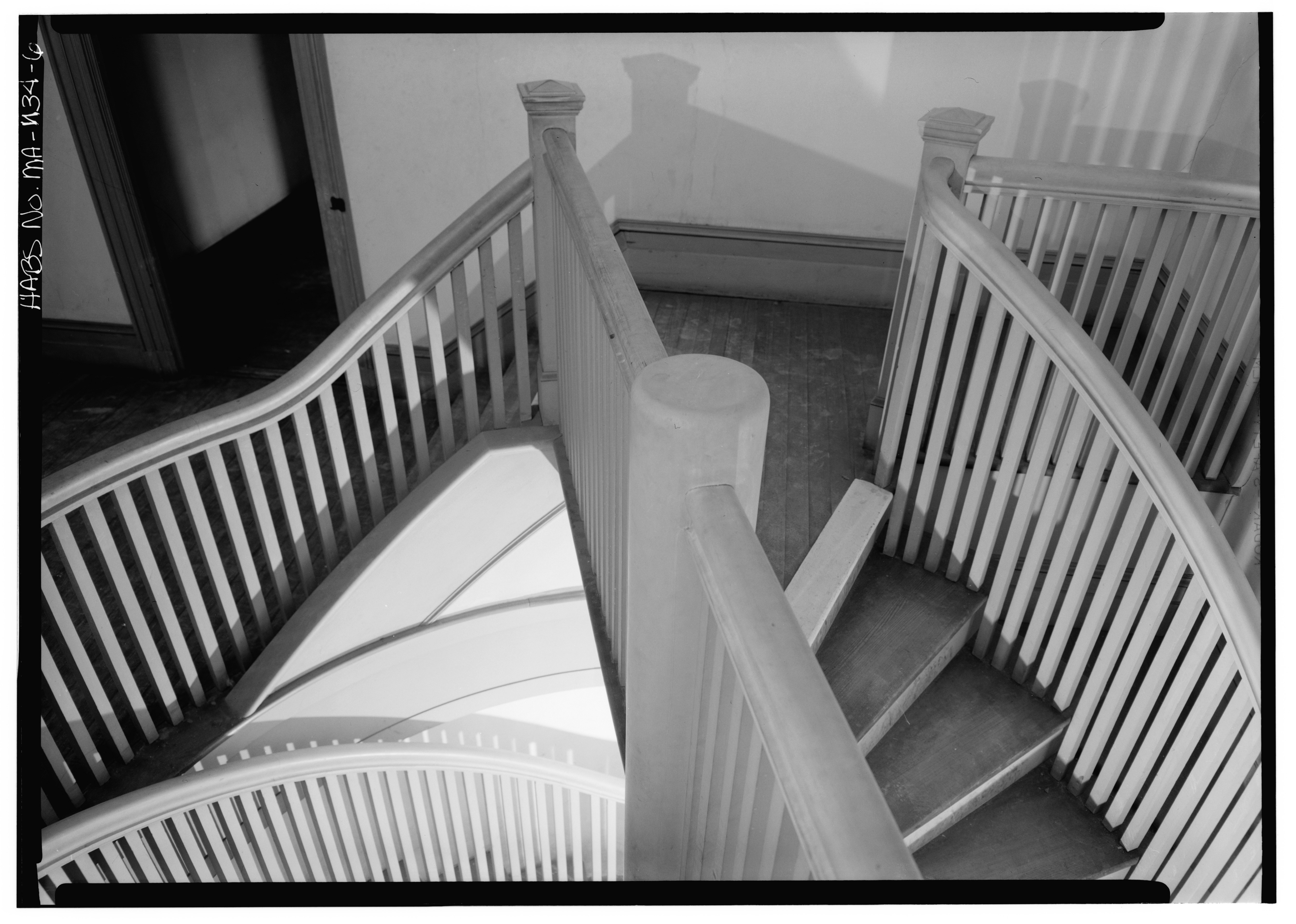File interior landing of double spiral staircase fourth for Double curved staircase