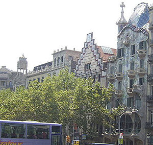Apple of Discord - The manzana de la discordia (the turret on the left belongs to the Casa Lleó Morera; the building with the stepped triangular peak is the Casa Amatller; and the curved façade to its right is the Casa Batlló).