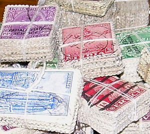 Partition of a set - A set of stamps partitioned into bundles: No stamp is in two bundles, no bundle is empty, and every stamp is in a bundle.