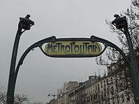 Insegna Metro Menilmontant.JPG