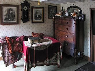 St Fagans National Museum of History - Interior of late 19th century terraced house (Rhyd-y-Car ironworkers' cottages)